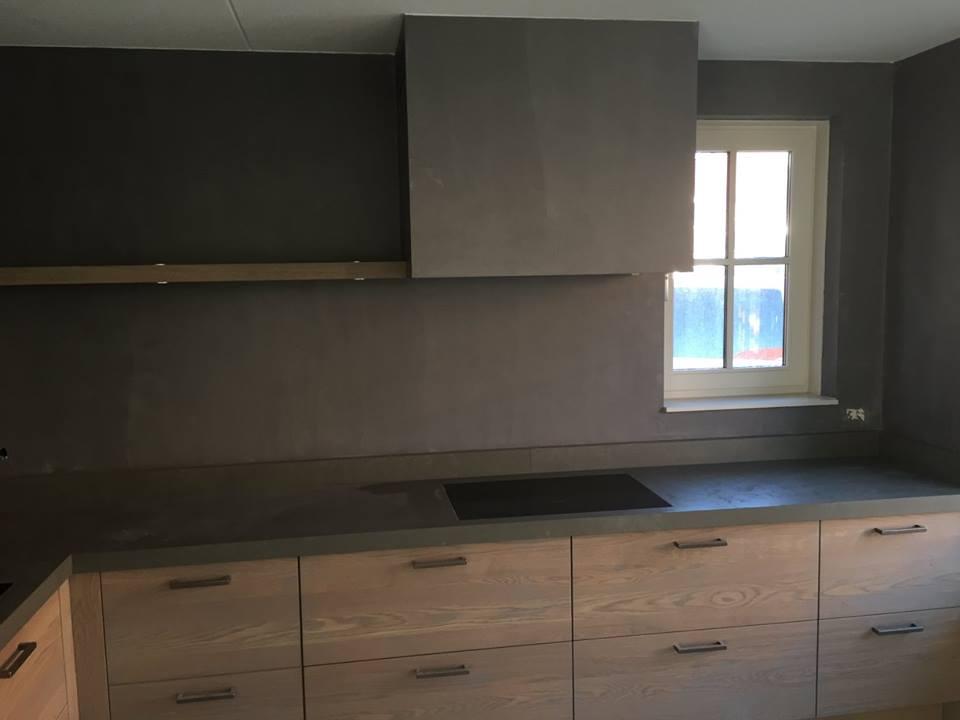 Zwart Betonvloer Keuken : Beton cire keuken instuc beton ciré instuc leemstuc zeeland